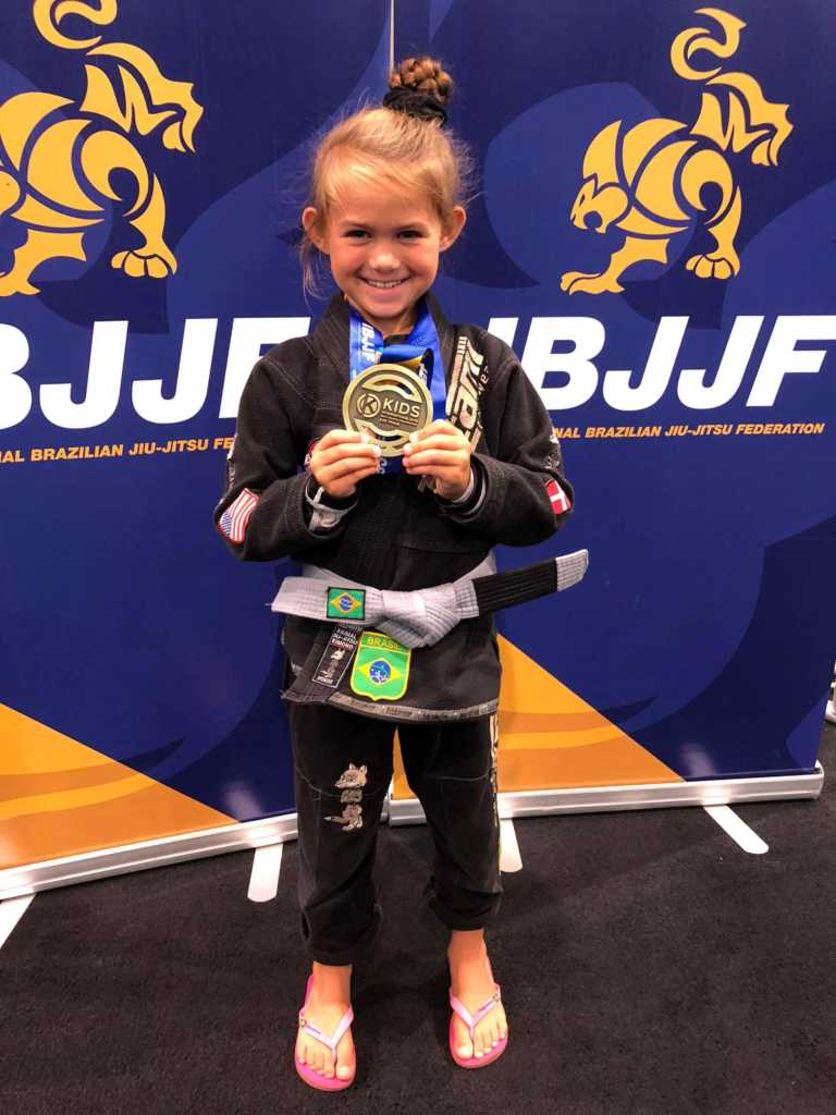 Evolet Elise Boris 7 år Bronze ved Kids International IBJJF Jiu-Jitsu Championship Las Vegas (2018)